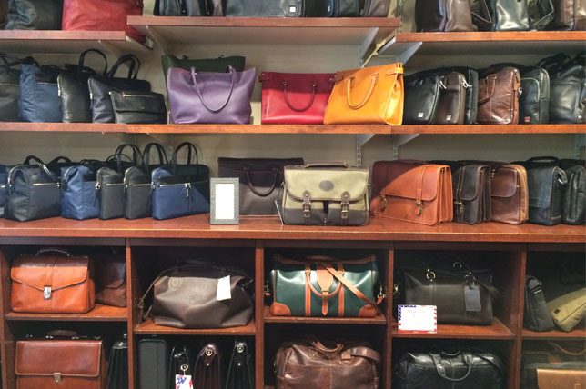 longdon-harness-shelf